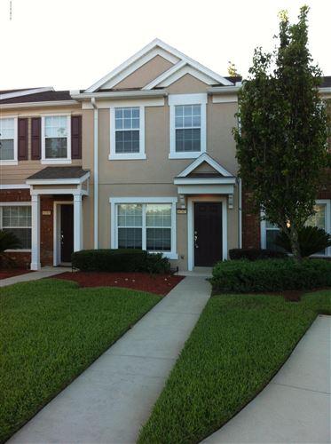 Photo of 6747 ARCHING BRANCH CIR, JACKSONVILLE, FL 32258 (MLS # 1054726)