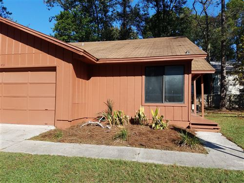 Photo of 473 NEWPORT DR, ORANGE PARK, FL 32073 (MLS # 1033729)