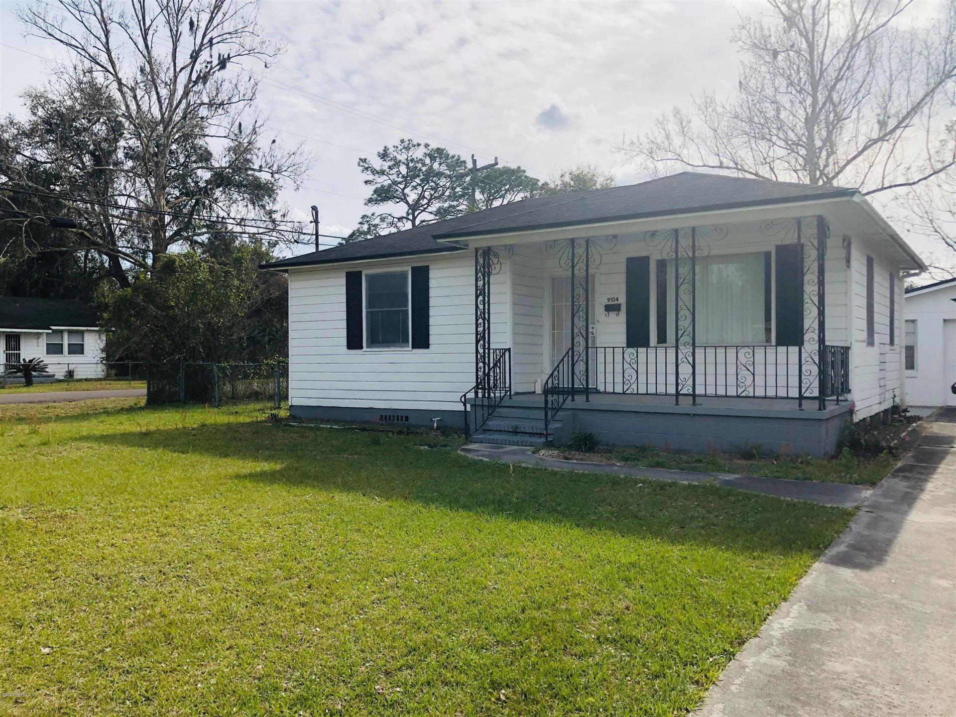 9104 JACKSON AVE, Jacksonville, FL 32208 - #: 1041735