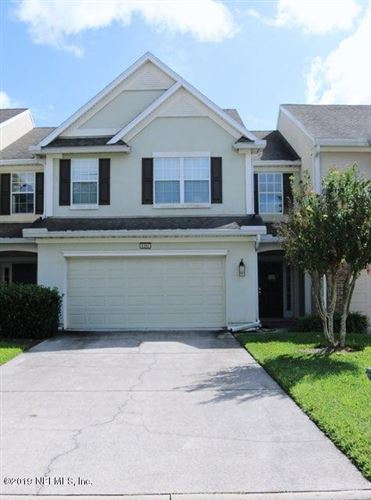 Photo of 6392 AUTUMN BERRY CIR, JACKSONVILLE, FL 32258 (MLS # 1024772)