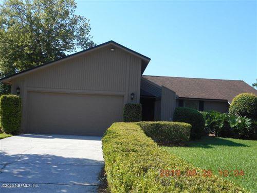 Photo of 1546 RIVERGATE DR, JACKSONVILLE, FL 32223 (MLS # 1032779)