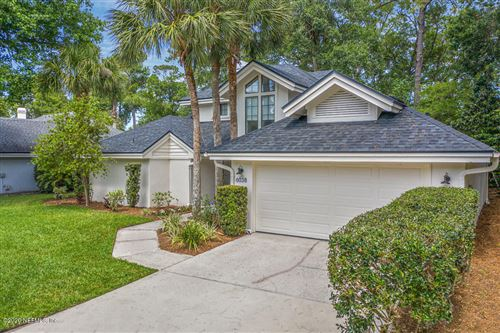 Photo of 6038 BRIDGEWATER CIR, PONTE VEDRA BEACH, FL 32082 (MLS # 1053787)