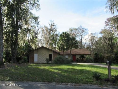 Photo of 4033 SHADY CREEK LN, JACKSONVILLE, FL 32223 (MLS # 1033802)