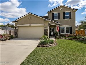 Photo of 15833 CANOE CREEK DR, JACKSONVILLE, FL 32218 (MLS # 986803)