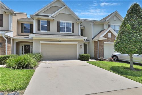 Photo of 6316 AUTUMN BERRY CIR, JACKSONVILLE, FL 32258 (MLS # 1028808)