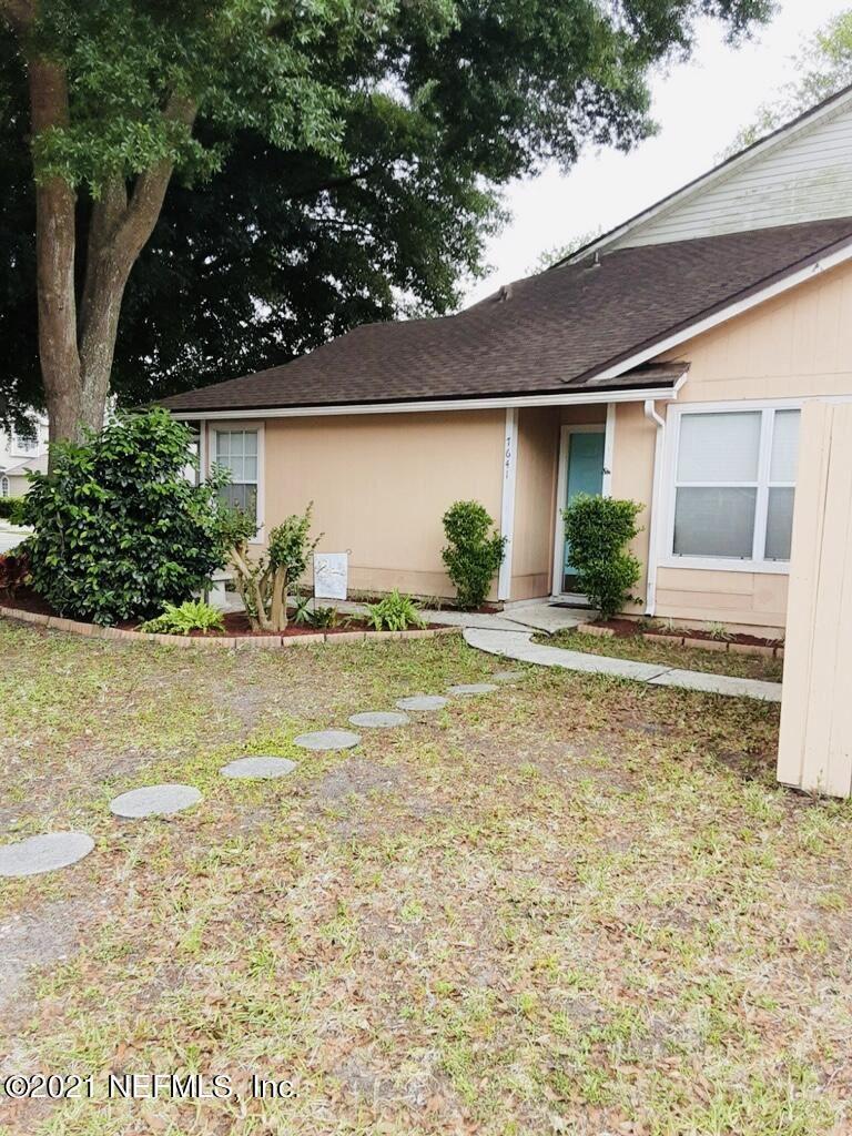 Photo of 7641 RAIN FOREST DR N, JACKSONVILLE, FL 32277 (MLS # 1107811)
