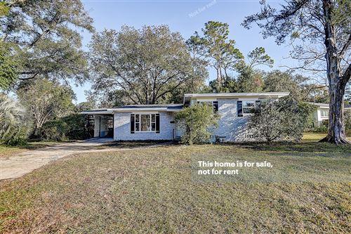 Photo of 10631 BEVERLY NALLE RD, JACKSONVILLE, FL 32225 (MLS # 1028814)