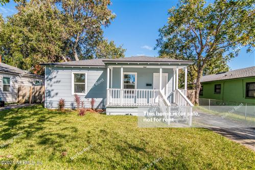 Photo of 5213 COLONIAL AVE, JACKSONVILLE, FL 32210 (MLS # 1137833)