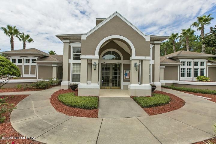 Photo of 10550 BAYMEADOWS RD, JACKSONVILLE, FL 32256 (MLS # 1136863)
