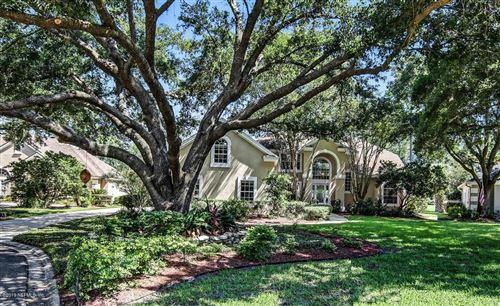 Photo of 8233 BAY TREE LN, JACKSONVILLE, FL 32256 (MLS # 1034901)