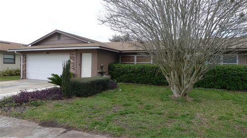 Photo of 8521 GRAYBAR DR, JACKSONVILLE, FL 32221 (MLS # 1039907)