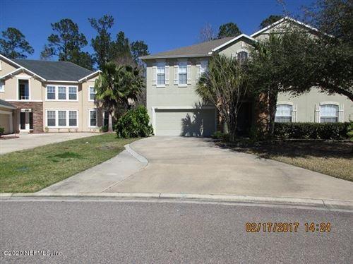 Photo of 1129 WILD AZALEA DR, JACKSONVILLE, FL 32221 (MLS # 1039928)
