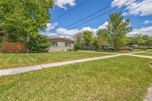Photo of 10849 HAWAII DR, JACKSONVILLE, FL 32246 (MLS # 1046940)