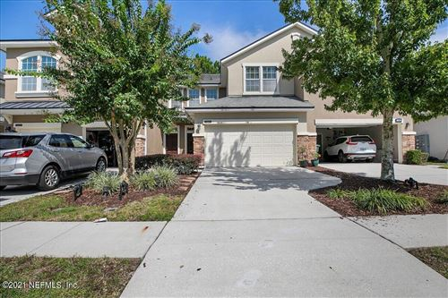 Photo of 14881 BARTRAM VILLAGE LN, JACKSONVILLE, FL 32258 (MLS # 1132961)