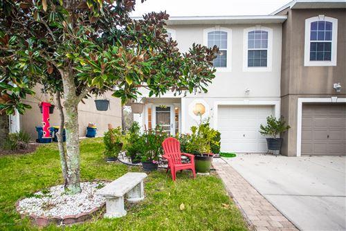 Photo of 11622 HICKORY OAK DR, JACKSONVILLE, FL 32218 (MLS # 1033997)