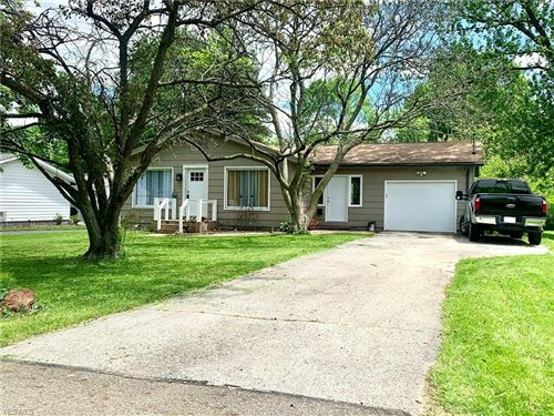 Photo of 441 Hood Drive, Canfield, OH 44406 (MLS # 4160016)