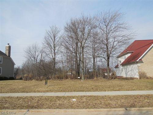 Photo of VL 1 Magnolia Drive, Seven Hills, OH 44131 (MLS # 4317020)