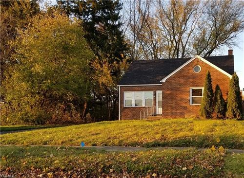 Photo of 20 Clifton Drive, Boardman, OH 44512 (MLS # 4191025)