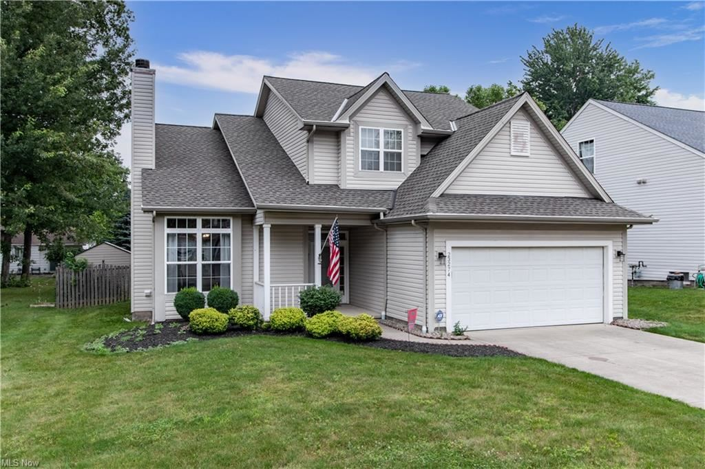 23274 Woodview Drive, North Olmsted, OH 44070 - #: 4298036