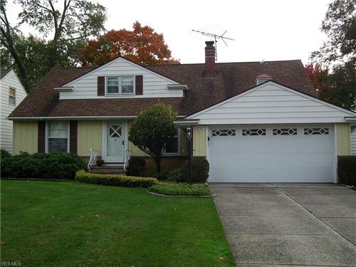 Photo of 5192 E Farnhurst Road, Lyndhurst, OH 44124 (MLS # 4234038)