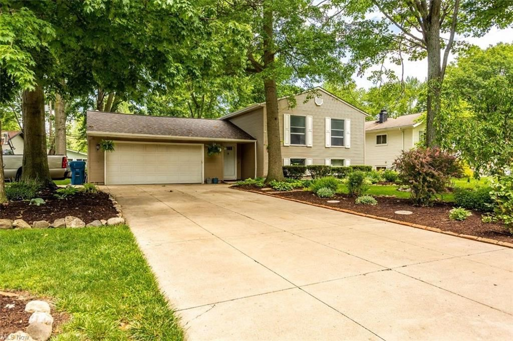 26818 Locust Drive, Olmsted Falls, OH 44138 - #: 4284038