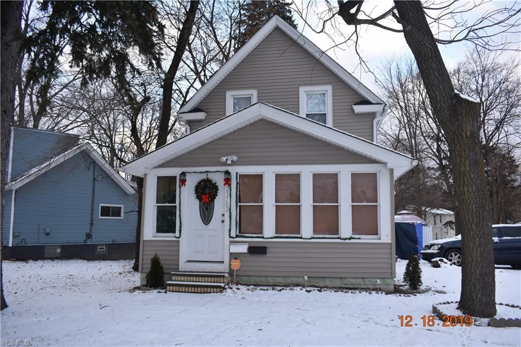 23702 Lorain Road, North Olmsted, OH 44070 - #: 4157043