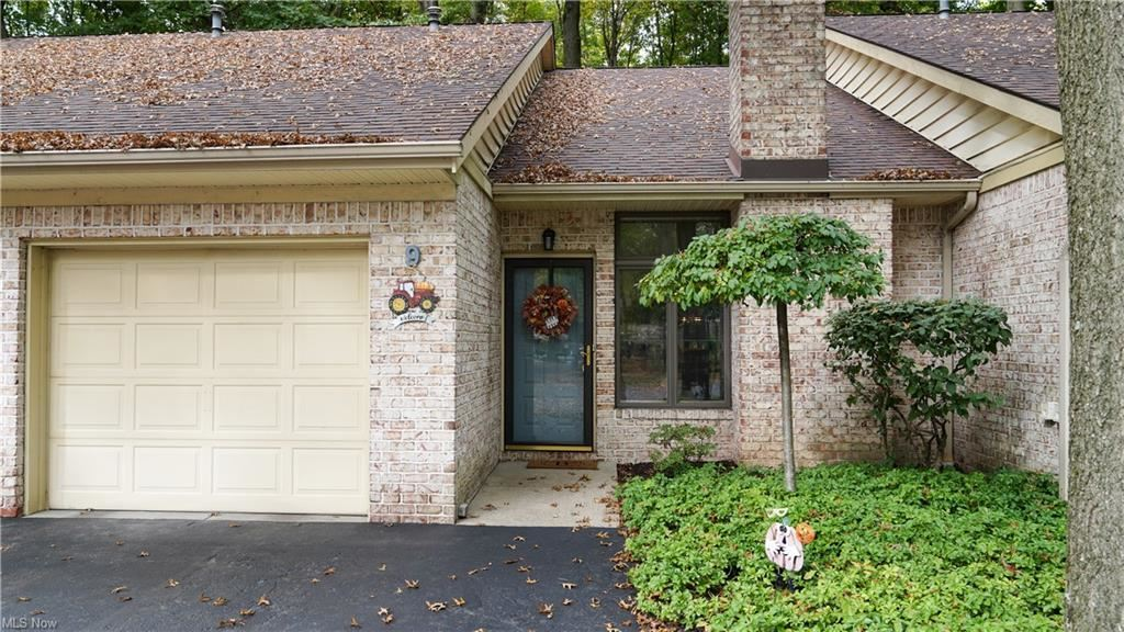 Photo of 1260 Boardman Canfield Road #9, Youngstown, OH 44512 (MLS # 4325045)