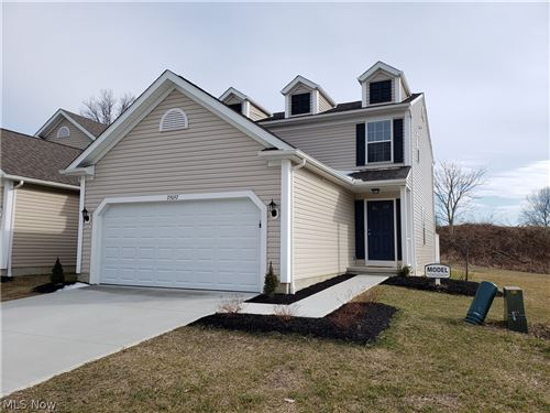Photo of 29092 Pembrooke Boulevard, Olmsted Township, OH 44138 (MLS # 4087059)