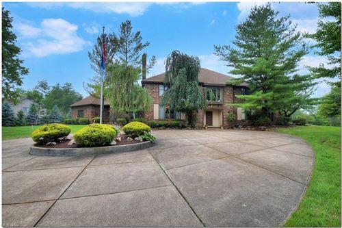 Photo of 10 Woodburn Drive, Moreland Hills, OH 44022 (MLS # 4298060)