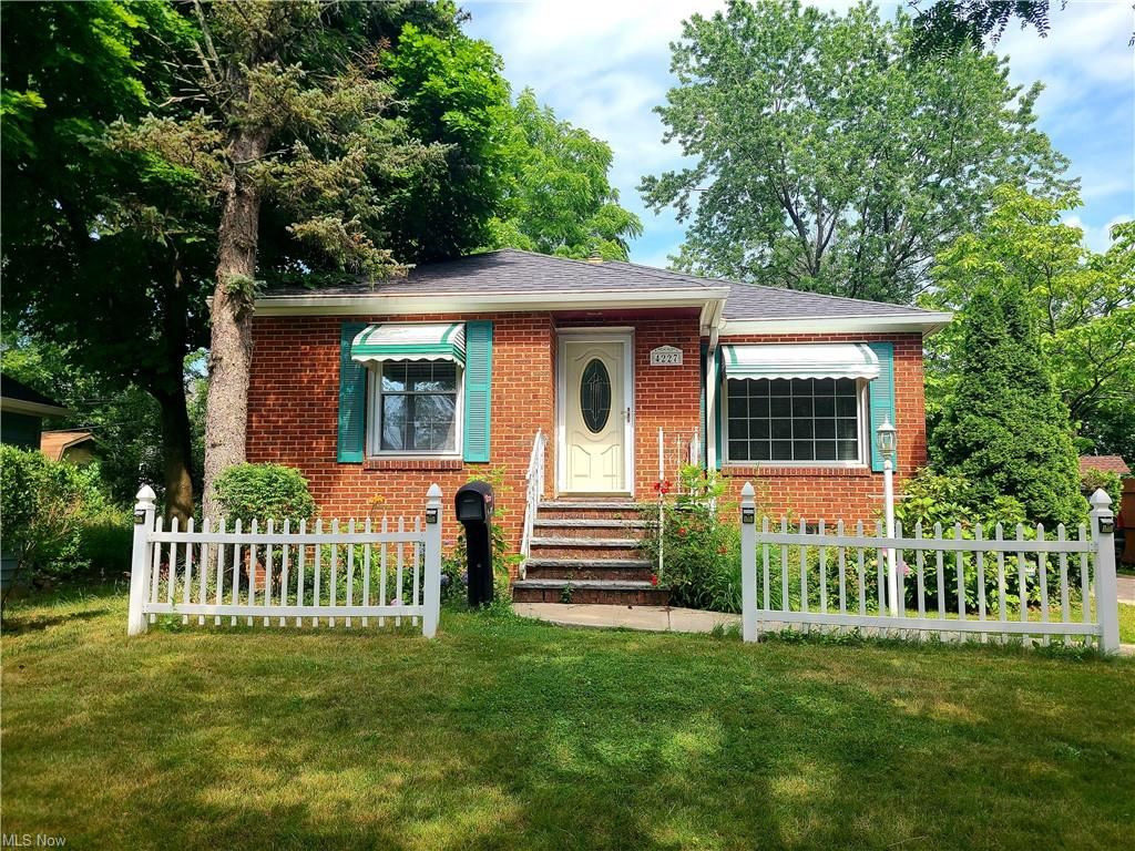 4227 E 163rd Street, Cleveland, OH 44128 - #: 4295062