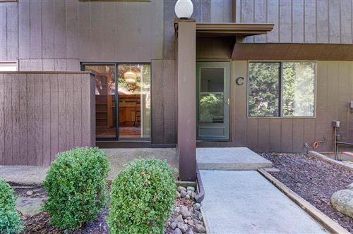 Photo of 1530 Cedarwood Drive #C, Westlake, OH 44145 (MLS # 4315066)