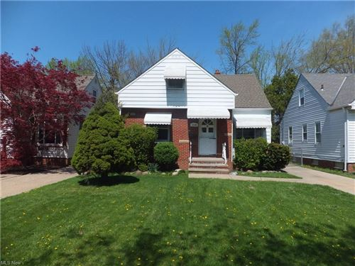Photo of 5110 Grantwood Drive, Parma, OH 44134 (MLS # 4270067)