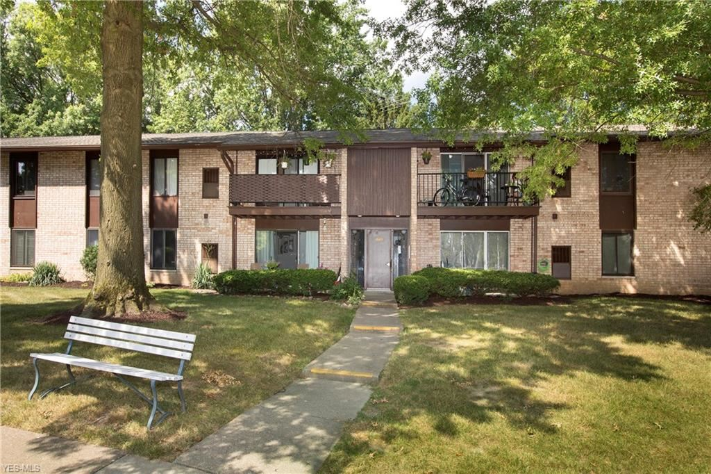 16485 Heather Lane #F104, Middleburg Heights, OH 44130 - #: 4209087