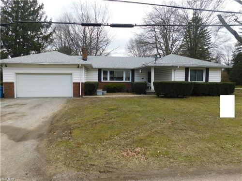 Photo of 3201 Goleta Avenue, Youngstown, OH 44505 (MLS # 4262088)