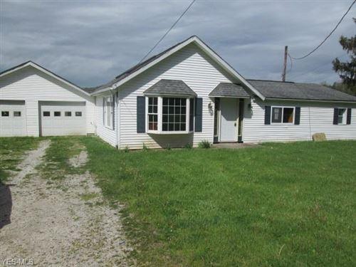 Photo of 8347 Citrus Road NW, Malvern, OH 44644 (MLS # 4192091)