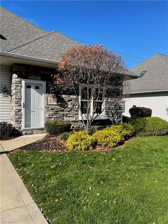 300 Fiddlers Way, Painesville, OH 44077 - #: 4240091