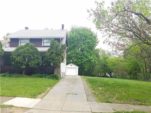 Photo of 452 W Princeton Avenue, Youngstown, OH 44507 (MLS # 4189104)