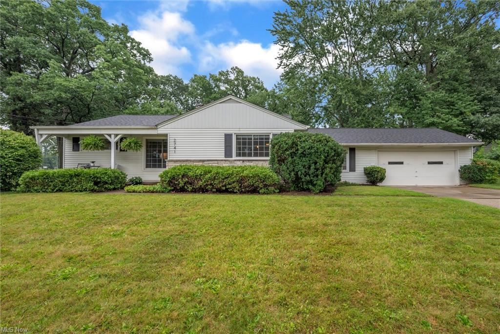 2741 Wildflower Drive, Rocky River, OH 44116 - #: 4300105
