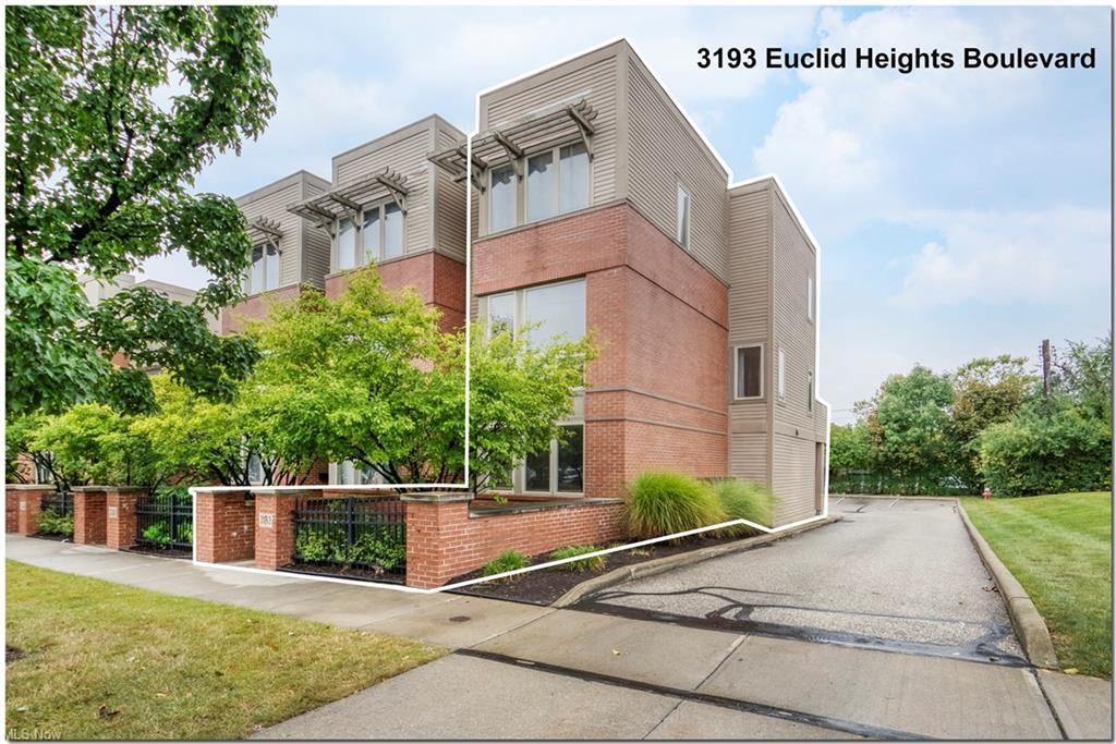 3193 Euclid Heights Boulevard, Cleveland Heights, OH 44118 - #: 4317105