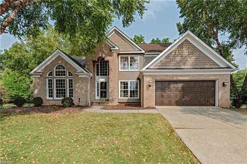 Photo of 19990 W Kerry Place, Strongsville, OH 44149 (MLS # 4317107)