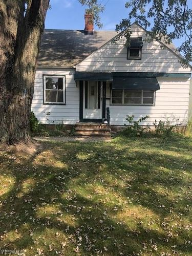 Photo of 15413 Fernway Drive, Maple Heights, OH 44137 (MLS # 4247109)