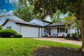 26637 Locust Drive, Olmsted Falls, OH 44138 - #: 4308114