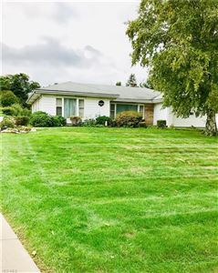 Photo of 160 South Beverly Ave, Youngstown, OH 44515 (MLS # 4048115)