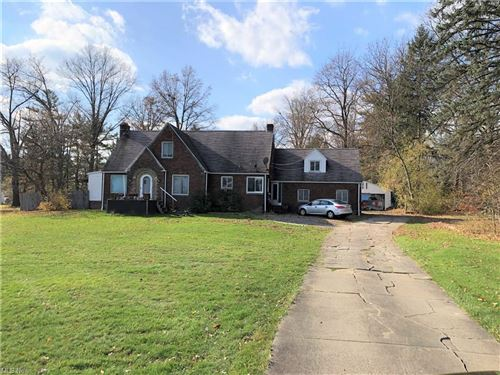 Photo of 158 N Canfield Niles Road, Youngstown, OH 44515 (MLS # 4261115)
