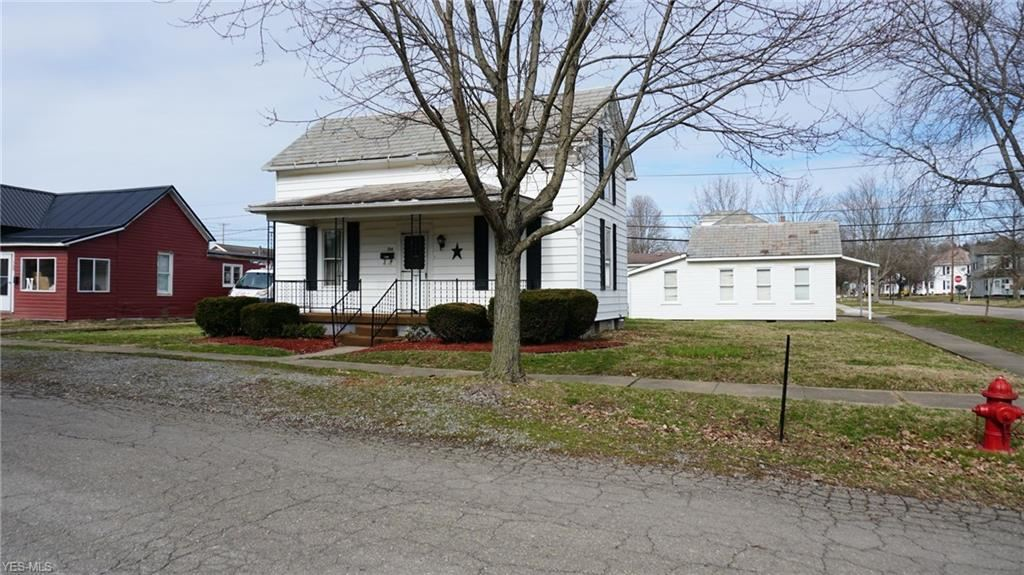 Photo for 704 Belford Street, Caldwell, OH 43724 (MLS # 4159115)