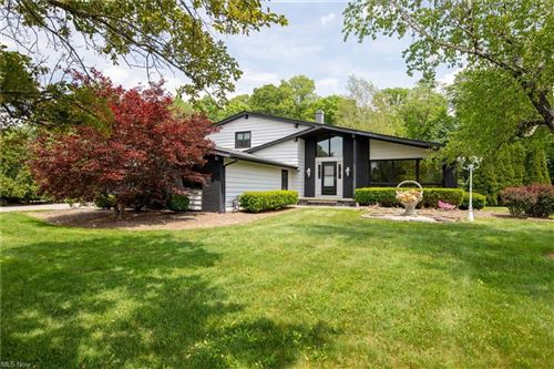 Photo of 6239 Sharondale Drive, Solon, OH 44139 (MLS # 4282116)