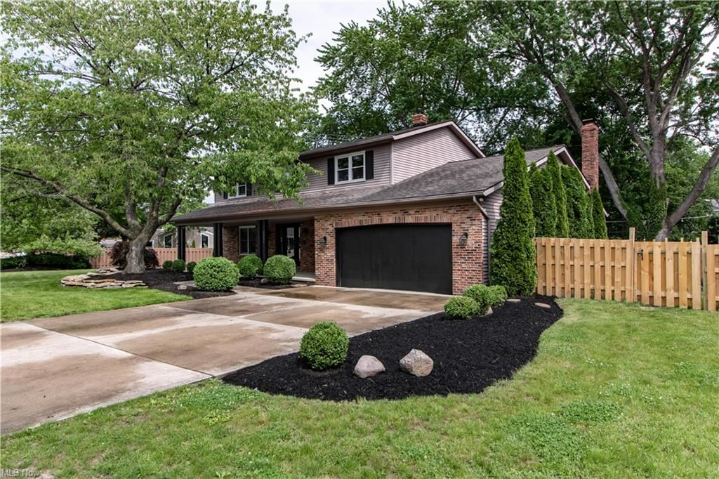 3351 Beverly Hills Drive, Rocky River, OH 44116 - #: 4285121