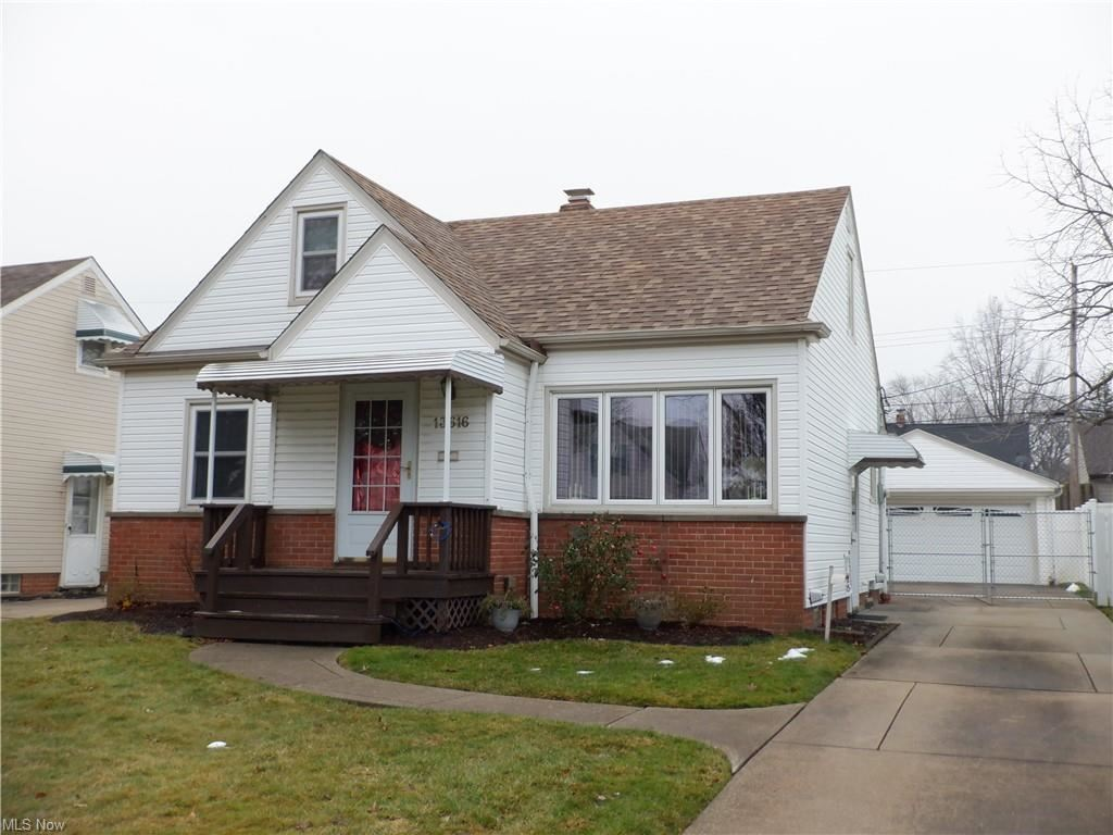 13616 Oakview Boulevard, Garfield Heights, OH 44125 - #: 4244122