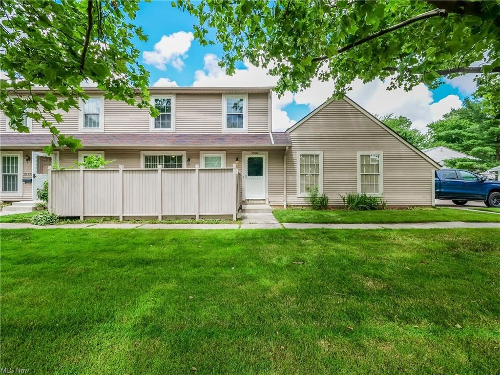 20468 Williamsburg Court #208C, Middleburg Heights, OH 44130 - #: 4296125