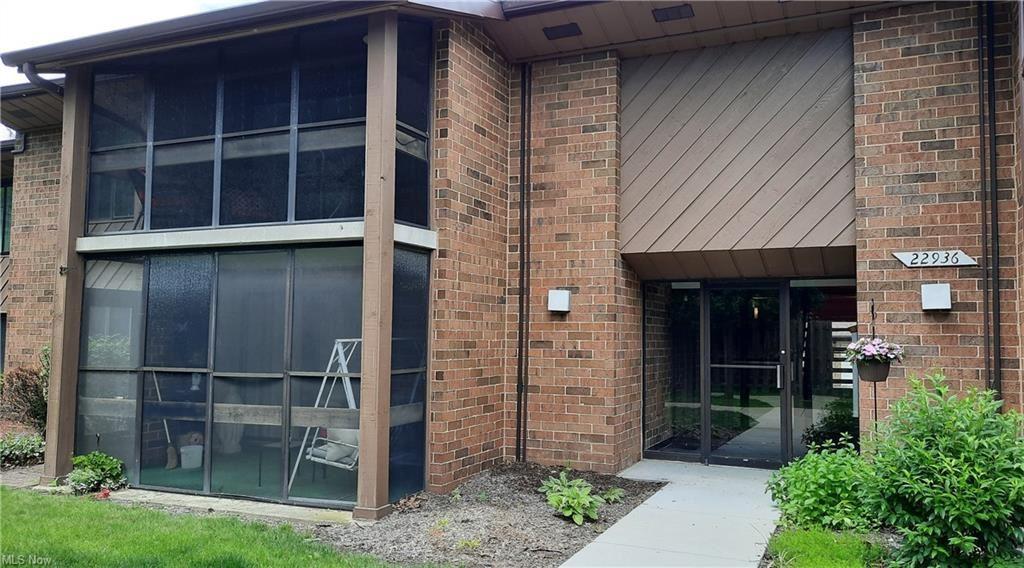 22936 Mastick Road #201, Fairview Park, OH 44126 - #: 4291132